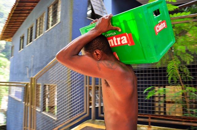 No hay otra forma de llevar las cosas por la favela